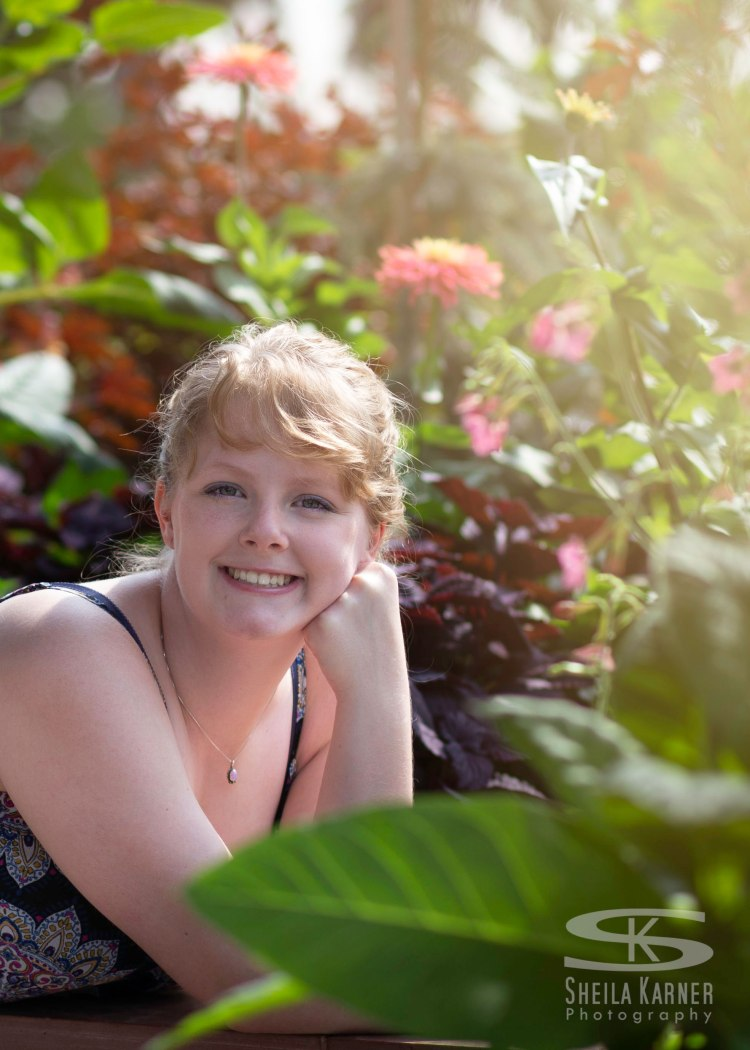 Senior photos at Denver Botanic Gardens - Class of 2019